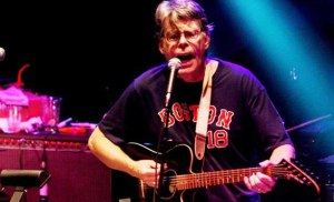90-12-81-stephen-king-band
